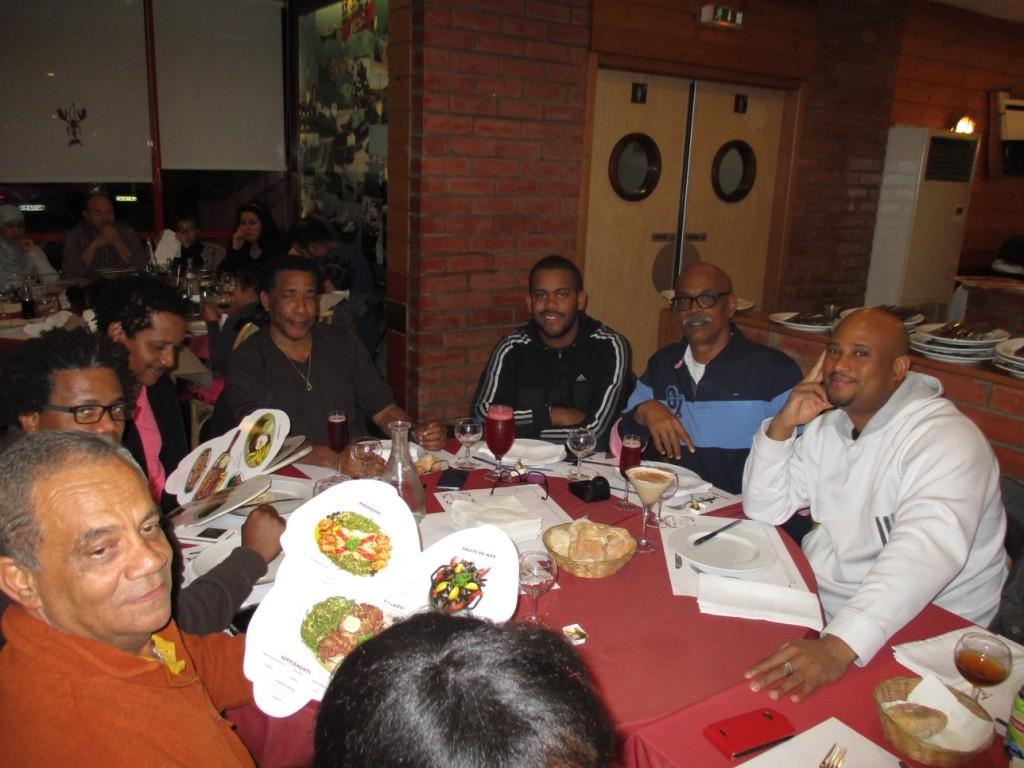 Un dernier repas avant le retour aux Antilles