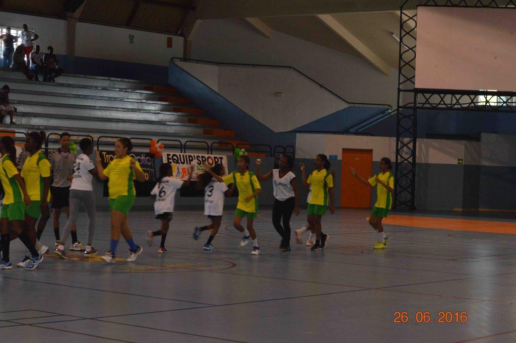 Finale U14 Filles Intrépide HBC - Réveil Sportif