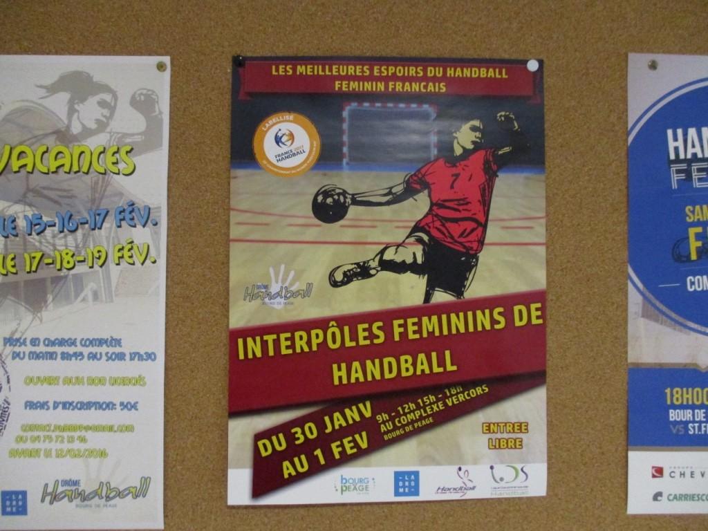 Affiche des Interpôles féminins