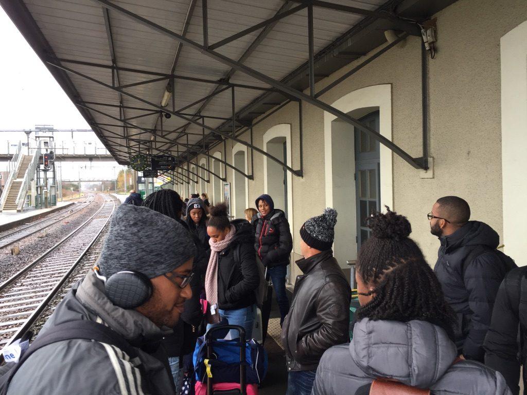 En attendant le Train pour Coutances